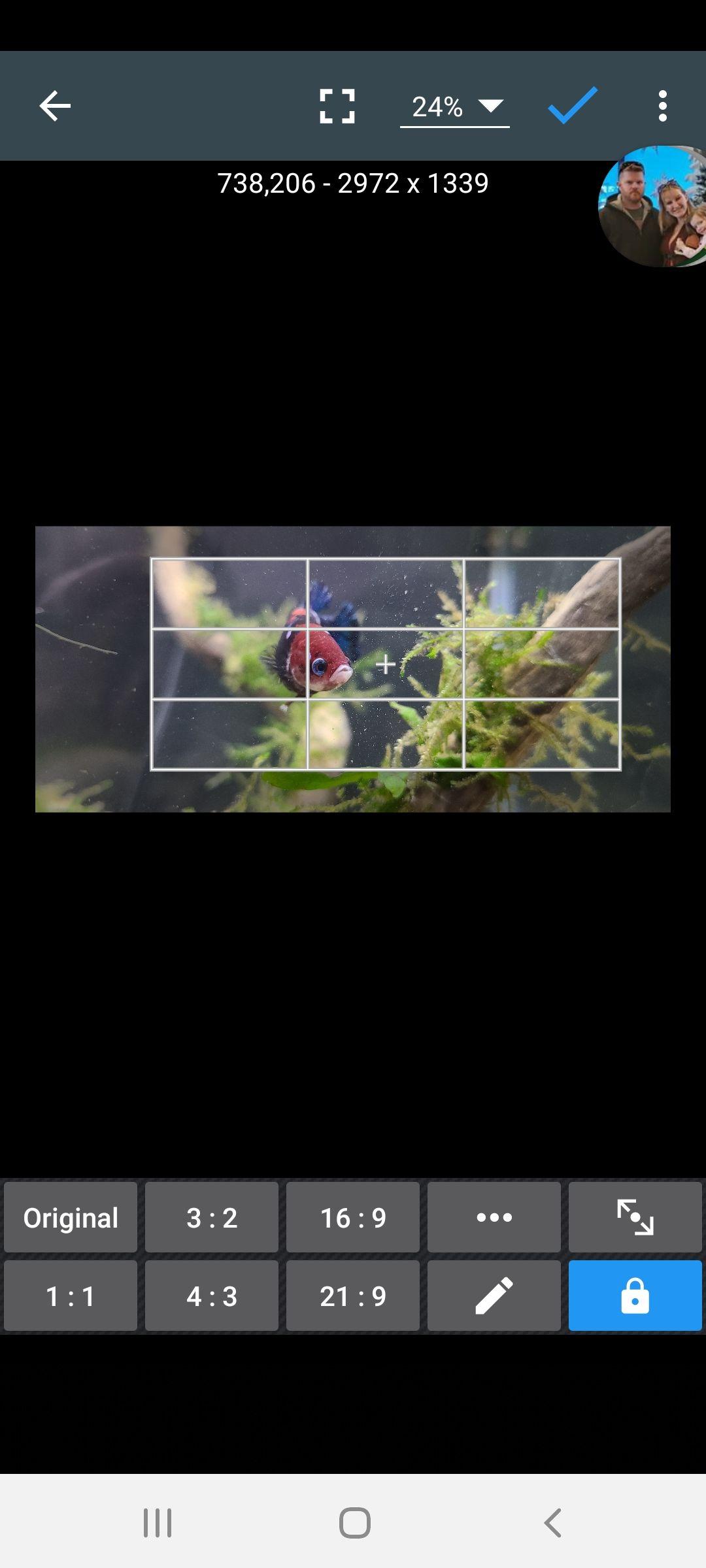 Screenshot_20200628-224703_Photo Editor.jpg